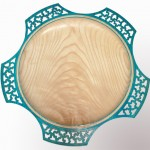 How do you do the lacework effect on the rims of lacework bowls and platters?